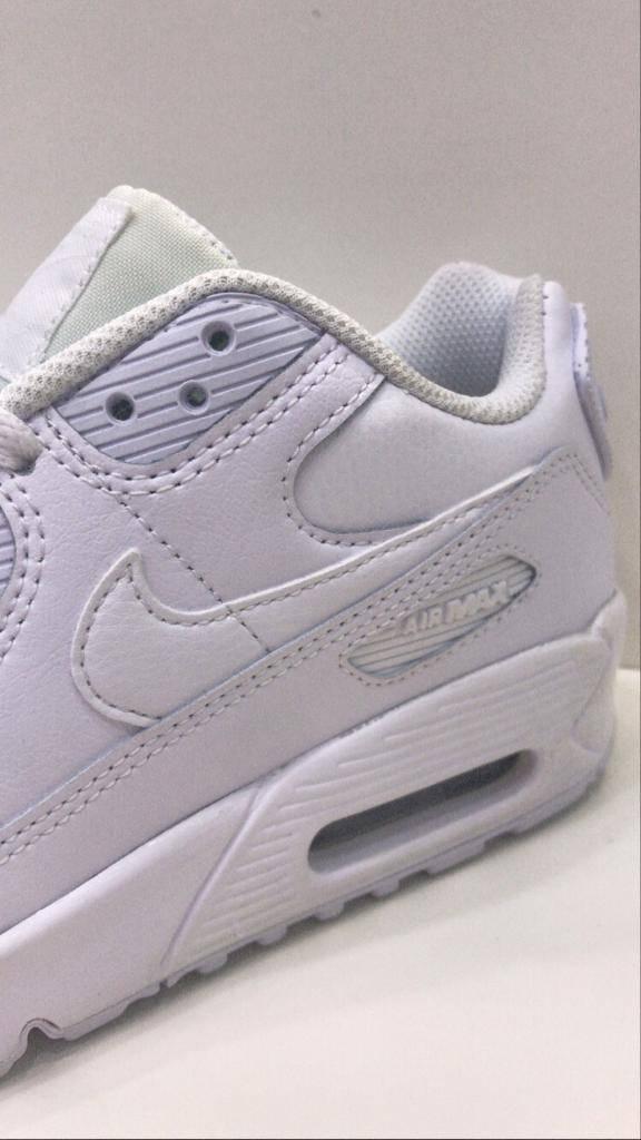 Vente de chaussures Nike Air Max 90 Junior Fille à Paris 75 ...
